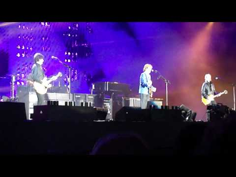 Hello Goodbye - Paul McCartney - Montevideo, Uruguay, 15 de Abril de 2012