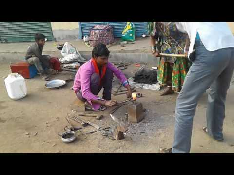 Amazing hard workers of INDIA Making an axe less than 3 minutes