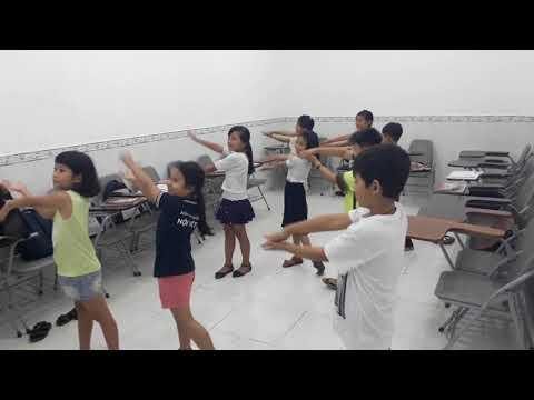 WE LOVE PINKFONG BABY SHARK - Trần Kiều Vỹ