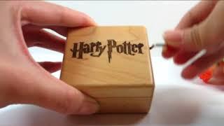 Музыкальная шкатулка которая проигрывает главную тему фильмов о  Гарри Поттере