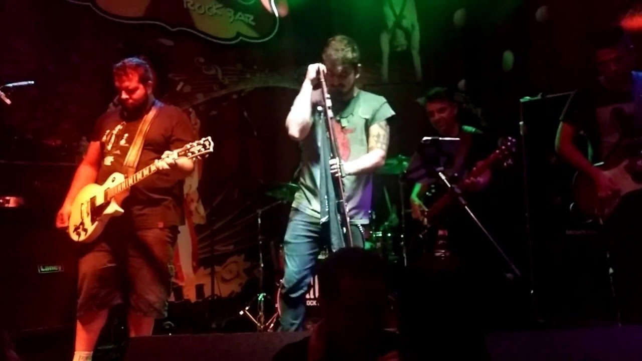 AC/DC - Highway to Hell By Banda Ca$h - HD - YouTube
