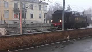 Manovra locomotiva Gr 940.041 al passaggio a livello di Nizza Monferrato (AT)