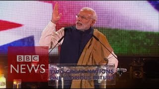Modi: Indian PM addresses crowds at Wembley Stadium- BBC News
