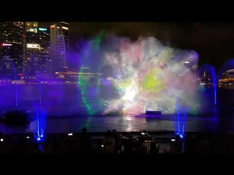 Light show Marina Bay Singapore