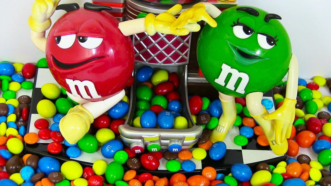 M&M Automat