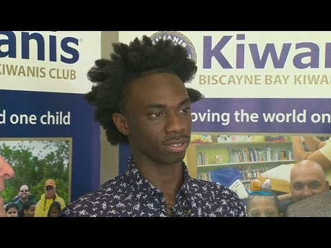 """Never Give Up"": Student Surprised With $30K College Scholarship"
