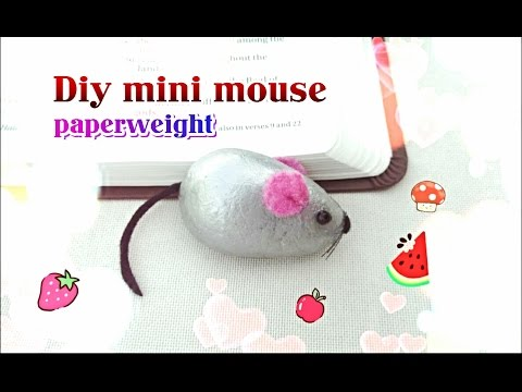 Diy: mini mouse paperweight