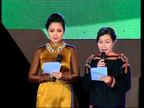 """""""Đêm hội vào mùa"""" - Tây Nguyên, ngày 11/3/2013"""