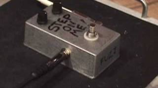 Byoc Build Your Own Clone Fuzz & Triboost Guitar Effects Pedal Demo W Kingbee Tele & Jaguar Twin