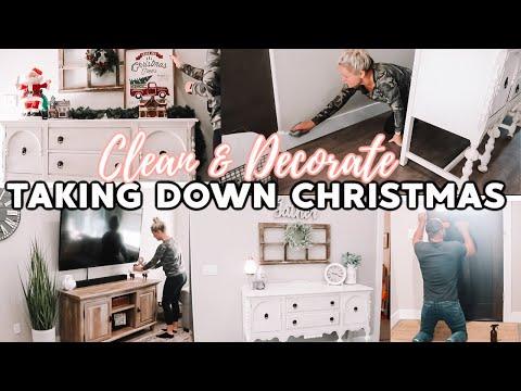taking-down-christmas-//-2019