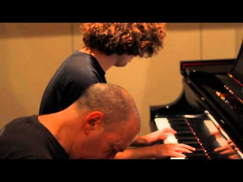 Jordan Rudess and friends play Michelle on Geo Synthesizer