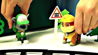 Щенячий патруль: спасаем Паровозик. Видео для детей(Щенячий патруль снова в деле! В этой серии отважная щенячья команда расчищает железную дорогу, чтобы Парово..., 2016-01-14T18:44:26.000Z)
