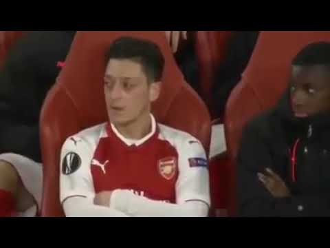 Nketiah has a crush on özil [Arsenal]