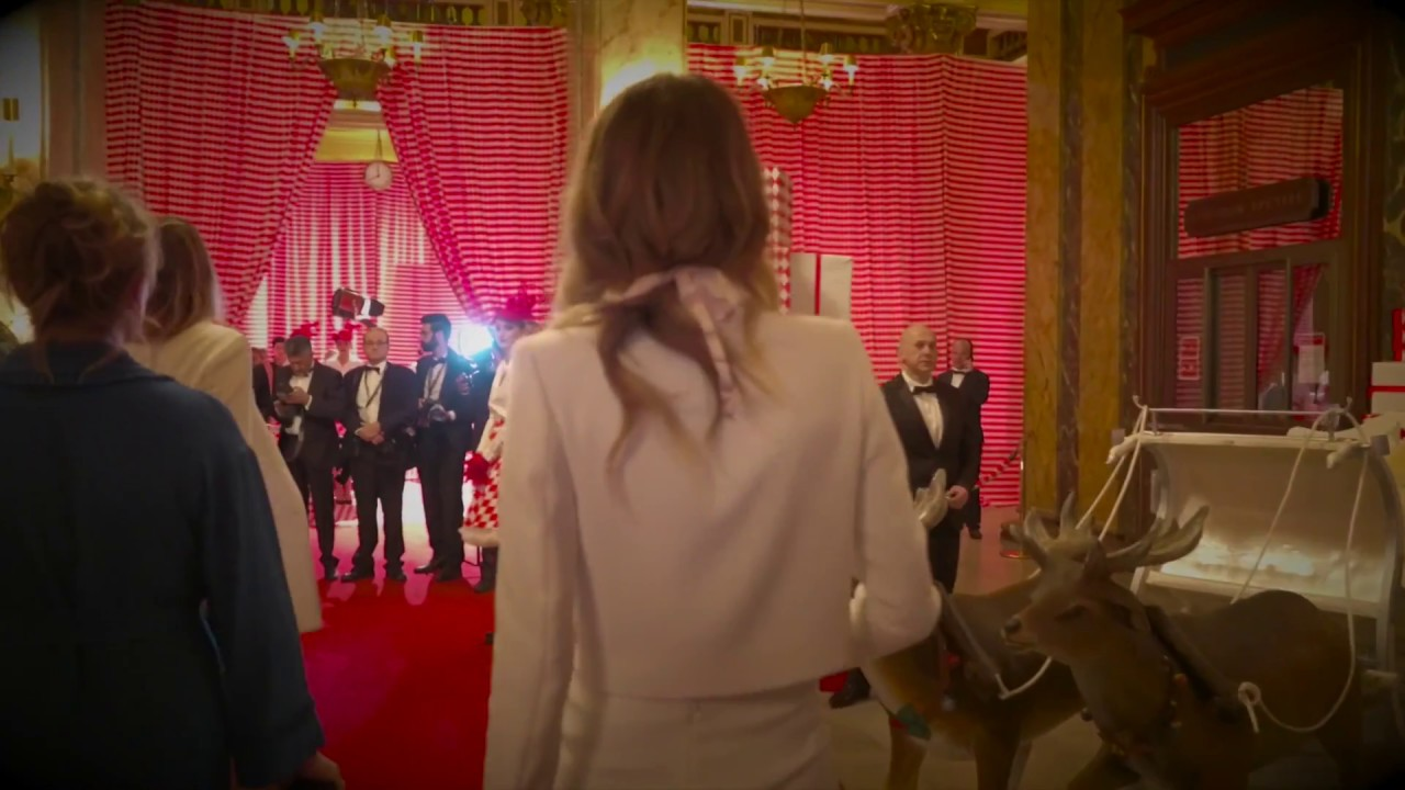 Download Surrealist Dinner party by Charles Kaisin at Casino de Monte-Carlo