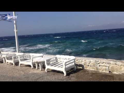 Waves in Mykonos