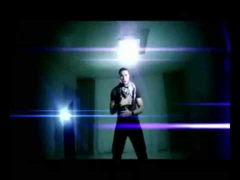 alex-zurdo---el-semaforo-(oficial-video)