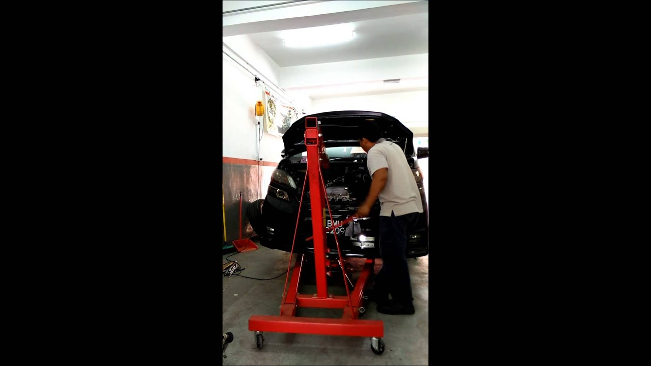 TOYOTA VELLFIRE REMOVED ENGINE FROM TOP