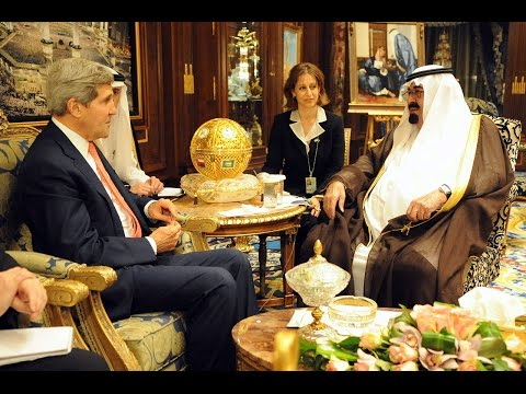 Fall of the House of Saud: Robert Baer on the CIA & Security in the Middle East (2003)