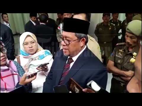 Detik-detik Aher Lantik Dedi Taufik Jadi Penjabat Wali Kota Cirebon
