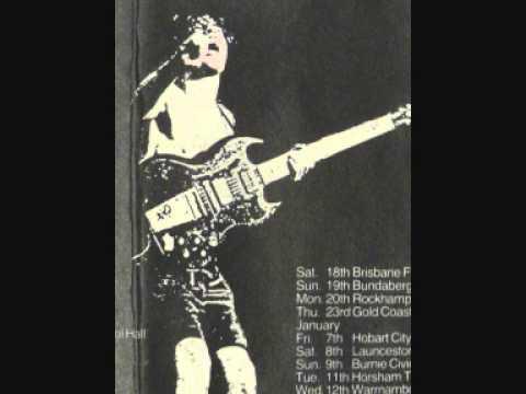 AC/DC - Hobart City Hall - 7 January 1977 (audio)