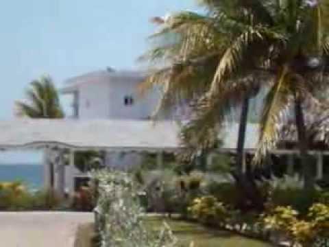 Adult Pool/Bar/Beach GP Lady Hamilton Resort & Spa