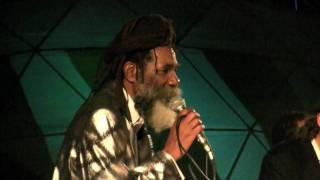 Don Carlos & Lloyd Hemmings encore Satta Massagana   Northwest World Reggae Festival 2010  vidbybill