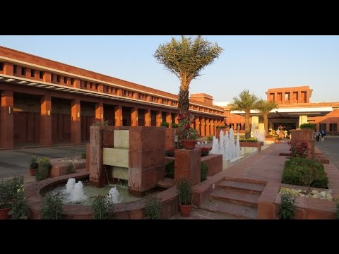 India - Uttar Pradesh - Agra - Jaypee Palace Hotel & Convention Centre