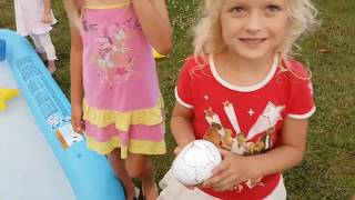 Giant Kinder Surprise Egg Dinosaur / Duże jajko niespodzianka Dino
