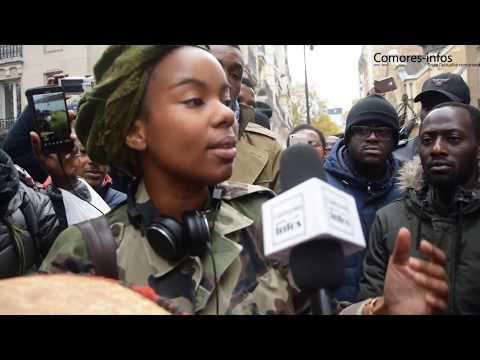 Manifestation à Paris contre l'esclavage et la vente des africains noirs en Libye