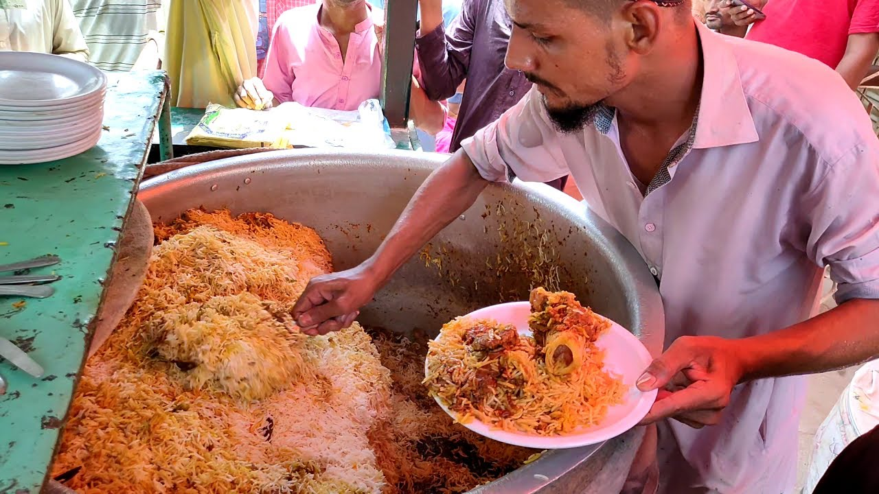 Download People are Crazy for Beef Biryani   Nonstop Street Food Masala Beef Biryani   Pakistani Street Food