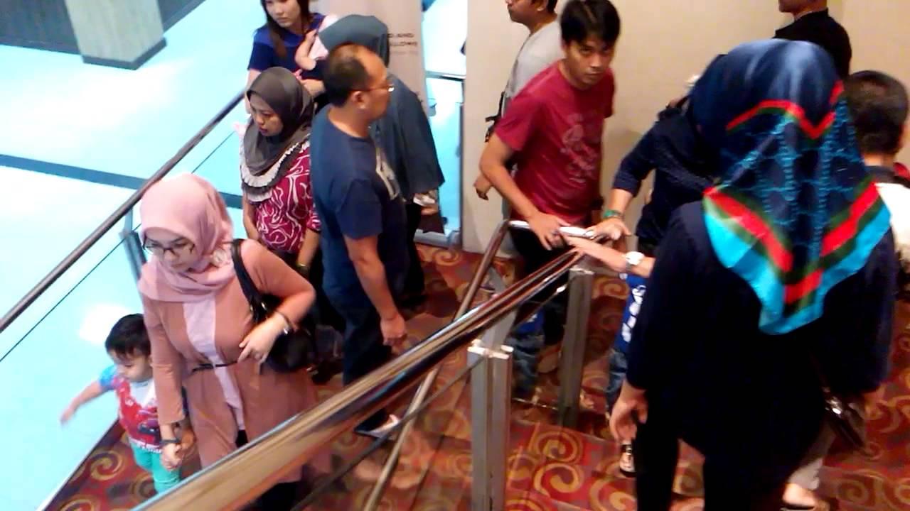 Bioslop Xxi Di Bandung Trade Center Btc Youtube