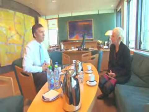 Annie Lennox Meets Norwegian Prime Minister - Jens Stoltenberg