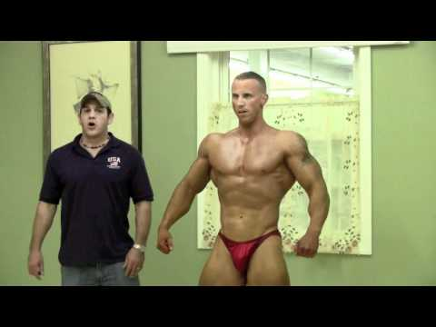 MuscleMania - Bodybuilding Poses