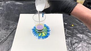 Acryl Pouring Experiment - Der undichte Becher