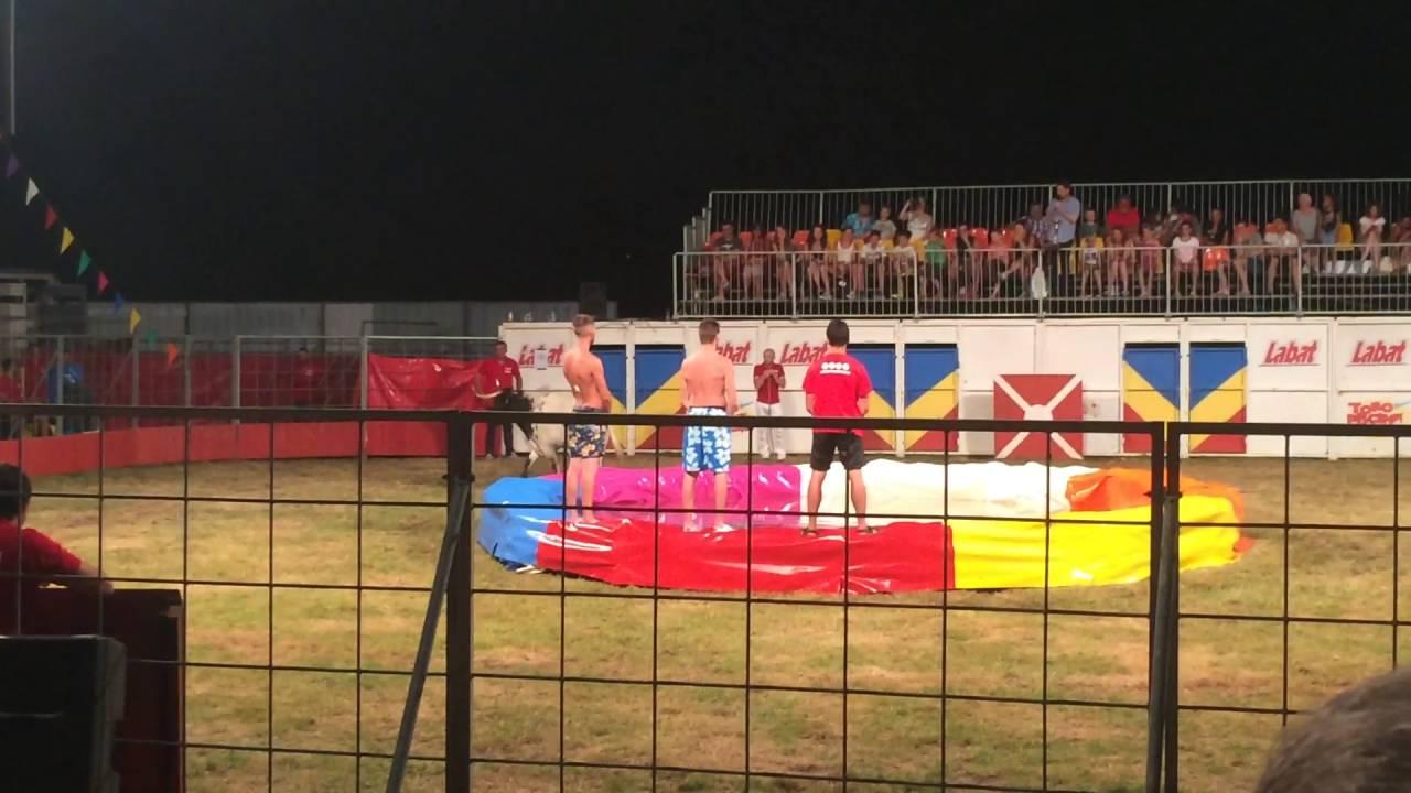 Toro piscine team labat 2016 youtube for Toro piscine labat