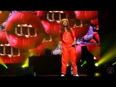 M.I.A. - Double Bubble Trouble - Paper Planes live at Paris Hip Hop Festival / 2014