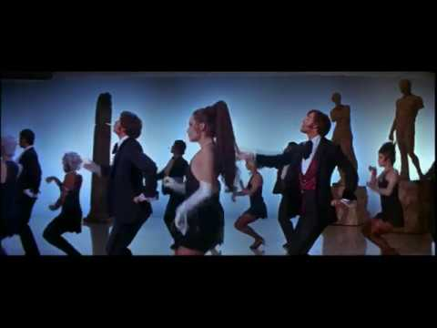 Fiona Apple - Shadowboxer (Bob Fosse choreography ' The Rich Man's Frug')
