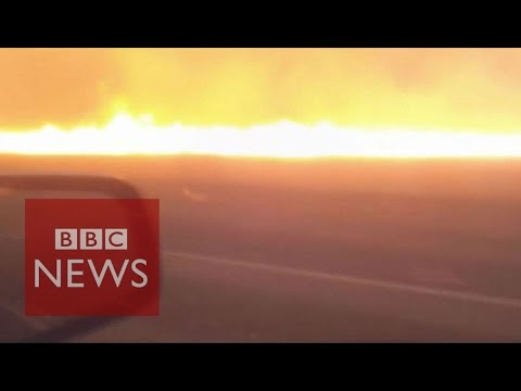 This is what it's like to drive through a bushfire - BBC News