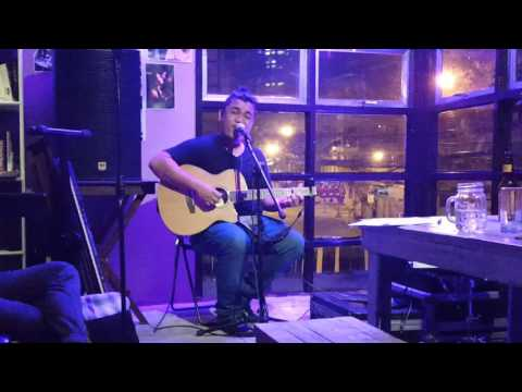 Stick Around (Cover) by Joe Vince live at Satinka