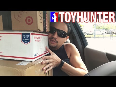 Quick Stop at Toys R us & PO Box Fan Mail Unboxing!