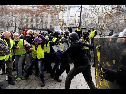 هل تدفع تظاهرات السترات الصفر باستقالة الحكومة الفرنسية؟  - نشر قبل 3 ساعة