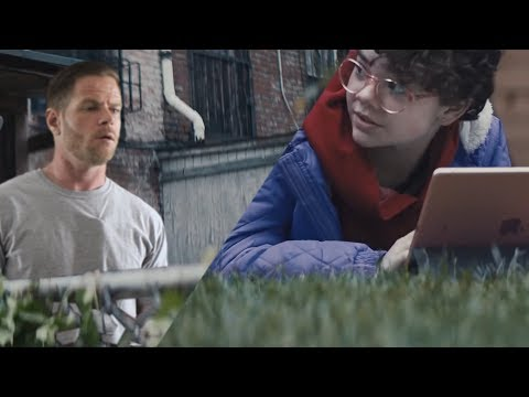 If Commercials were Real Life - Daytona 500/Apple iPad