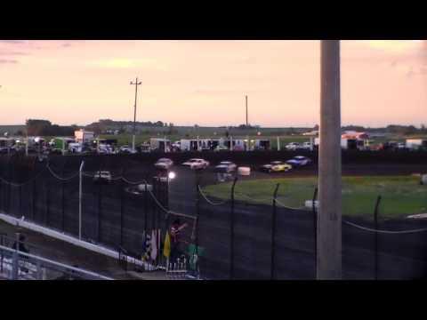 Hobby Stock Heat 1 @ Hancock County Speedway 06/30/17