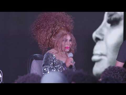 A Carne - Elza Soares - A Voz e a Máquina (YouTube Black Brazil)