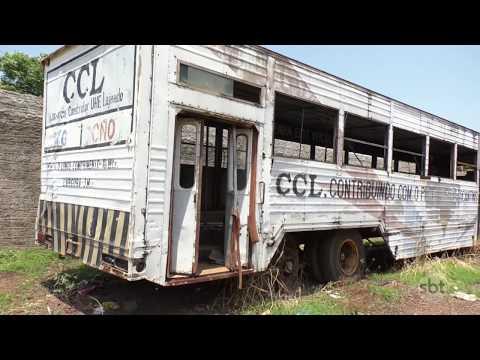O Povo na TV: Morador reclama de carcaça de ônibus abandonada na Arse 62