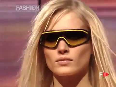VERSACE Full Show Fall Winter 2002 2003 Milan by Fashion Channel