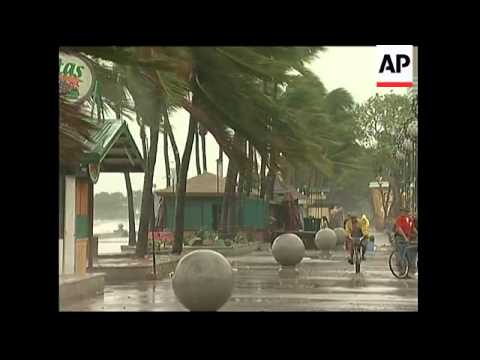 Typhoon Bili strikes on its way to Taiwan