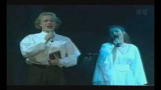 Louise Fribo & Gert Henning-Jensen som Hamlet & Ofelia