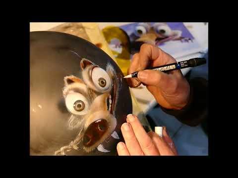 Scrat L'Age de Glace sourire sur casque moto aérographe vidéo tuto