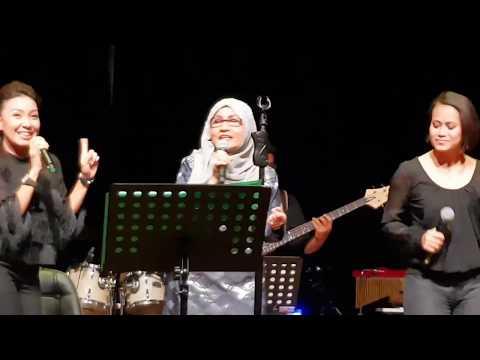 Sanisah Huri - Siapa Gerangan (LIVE)